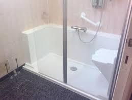 bain de siege salle de bain pour personne agee avec siege lzzy co