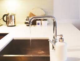 Delta Trinsic Kitchen Faucet by Update Your Kitchen With A Gourmet Kitchen Faucet Delta Trinsic
