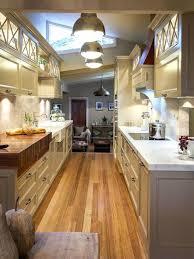 amenager une cuisine en longueur comment amenager une cuisine en longueur amacnager une cuisine en