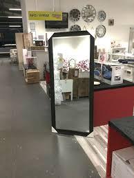 spiegel weiß schwarz wohnzimmer schlafzimmer garderobe dekoration