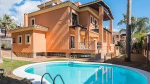 100 Beach Houses In La Stunning Villa Close To The Beach In Reserva De Los Monteros