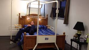 Elderly Bed Rails by Bed Transfers Trapeze For Elderly Disabled Rehab Therapist Version