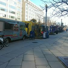 Cluck Truck - Washington DC Food Trucks - Roaming Hunger