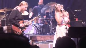 Tedeschi Trucks Band Plays