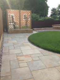 Tandur Yellow Antique Limestone Paving Slabs