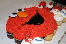 Elmo Cupcake Cake Find At Sams Clubalso Have Seperate