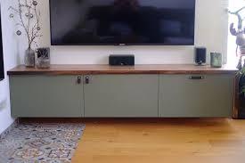 couchtisch und tv board in nussbaum und linoleum holzwerken