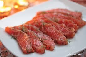 comment cuisiner du saumon surgelé saumon gravlax recette scandinave saumon frais mariné à l aneth