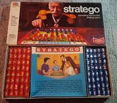Vintage 1970 STRATEGO Board Game Milton Bradley Complete