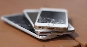 Broken iPhone 5s Samsung Galaxy S4 iPhone 6 – iRepair Savannah