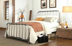 Queen Metal Bed Frame Walmart by Queen Size Metal Bed Frames U2013 Savalli Me