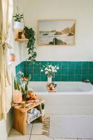 boho badezimmer blau grün bad fliesen bathroominspo