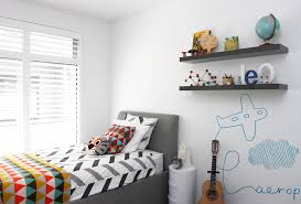 Fun Airplane Mural Is A Simple Yet Cute Way To Decorate Wall