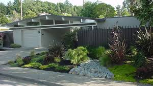 100 Eichler Landscaping Blog Entries Tagged