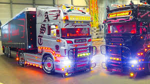 MEGA RC MODEL TRUCK ACTION!! RC SCANIA BLACK WARRIOR Vs RC SCANIA ...