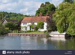 100 River Side House Side House On Thames At Hambledon Lock Hambleden