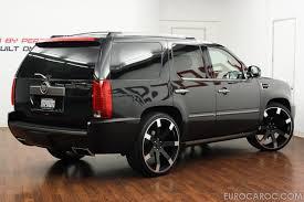 Big Wheels for Cadillac – Giovanna Luxury Wheels