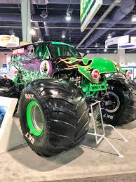 100 Bigfoot 5 Monster Truck Hot Wheels On Twitter A Tale Of 2 Monster Trucks Original