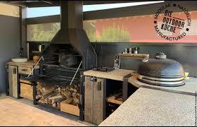 die rustikale außenküche kann mit allem die