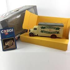 CORGI CLASSICS-Bedford O Series Van-