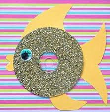 Looking For The Creative Ideas Of Making Waste Material Crafts Kids Here Is List Art And Craft From Materials That Are Lying At Home