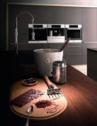 große designküche mit high tech geräten kücheninsel mit