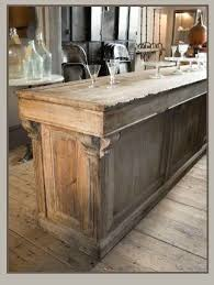 Heir And Space Antique Store Counters Kitchen Island A Life Rh Com Blue Shop Islands In Connecticut