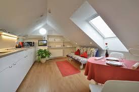 dachgeschoss apartment a v pension praha