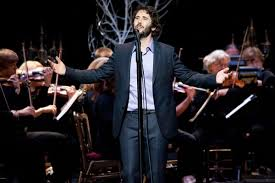 josh groban concentrates on songs from broadway at peabody show