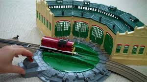 trackmaster tidmouth sheds with thomas the train henry salty