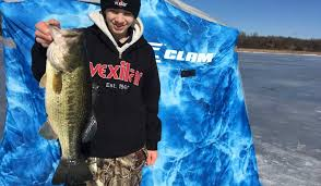 Clam Ice Fishing Seats by Field Test Clam Yukon X Thermal Ice Fishing Shelter Outdoorhub