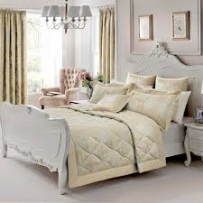 Dorma Gold Clara Collection Quilted Bedspread