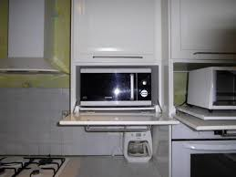 cuisine au micro ondes pose cuisine en kit adaptation micro onde