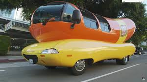 Video Jay Leno Takes A Spin In The Wienermobile In The Latest Garage ...