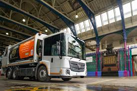 100 Waste Management Garbage Truck City Of London Trials UKs First AllElectric Refuse Collection