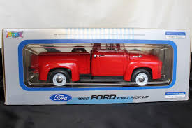 1956 Ford F-100 Pick Up Truck, Welly 1:18 Scale, Red Ford Truck, NIB ...