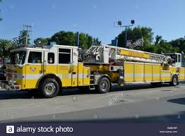 100 Hook Truck And Ladder Fire Truck In Annapolis Md Stock Photo 81389666