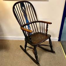 Early 19th Century Ash And Elm Windsor Rocking Chair