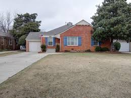 Floor Trader South Okc by 1105 Larchmont Ln Oklahoma City Ok 73116 Mls 753668 Redfin