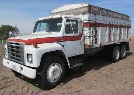 1979 International 1854 Tandem Axle Grain Truck | Item B5123...