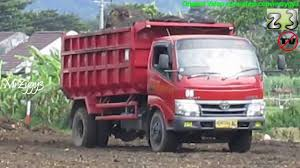 Toyota Dyna Dump Truck Unloading Dirt - YouTube Dump Truck Collides With Pickup In Union County Wbns10tv Diadon Enterprises This Kenworth Big Rig Is Actually A Toyota And Chiang Mai Thailand October 6 2017 Private Dyna Blog Link Stuckintime Flickr Radio Flyer Print Advert By Fcb Truck Ads Of The World Tunas Toyota Dyna 1945 Chevrolet T1051 Louisville 2016 Dodge Ram New 2019 Volvo Luxury Toyota Elegant Pickup Trucks For Mytoycars Tomica Hino Dump Truck For Sale 12137
