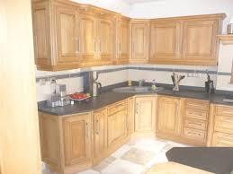 meuble cuisine en chene repeindre des meubles de cuisine rustique cuisine conforama 25 avec