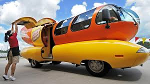 100 Oscar Meyer Weiner Truck Wienermobile Immortalized Old Number 7 Will Be Parked Permanently