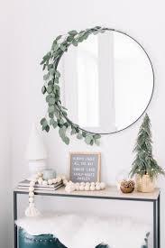 100 Tree Branch Bookshelves 80 DIY Christmas Decorations Easy Christmas Decorating Ideas