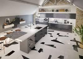ilot cuisine prix cuisine îlot central 12 photos de cuisinistes côté maison