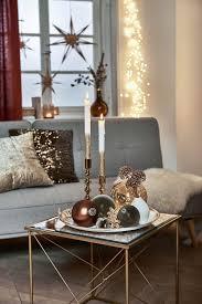 weihnachtsdekoidee in creme und gold für dein wohnzimmer