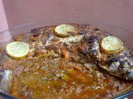 recette cuisine poisson recette de poisson entier au four la recette facile