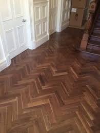 Walnut Herringbone Engineered Parquet Wood Flooring 18 4mm X 450mm