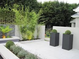 Contemporary Patio Courtyard Garden Design