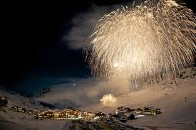 What Is The Best Christmas Tree Food by The Best Ski Resorts For A Christmas Holiday
